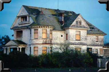 The Redman House waits patiently to be restored