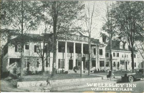 The Wellesley Inn, in an old postcard (Wellesley, MA)