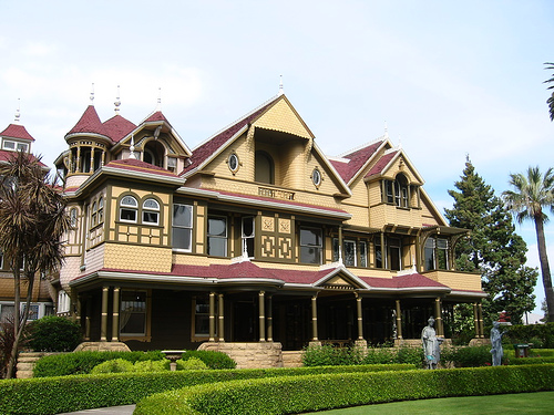 Winchester mystery house beautiful buildings for Winchester architects